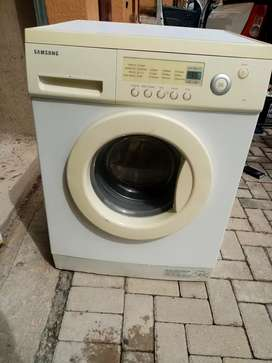 Samsung front loader washing machine for sale