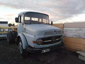 Mercedes Benz truck 1418 series for SALE.