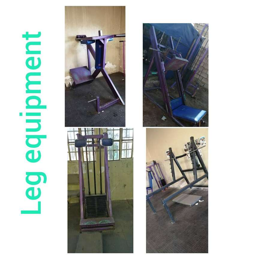 FULL BODYBUILDING GYM EQUIPMENT 0