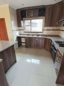 MODERN 3 BEDROOM HOUSE TO RENT IN MODELPARK R9500 PM