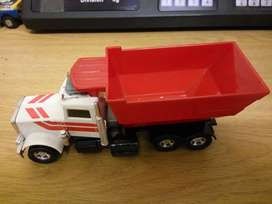 Matchbox K105 Peterbilt Tipper Truck