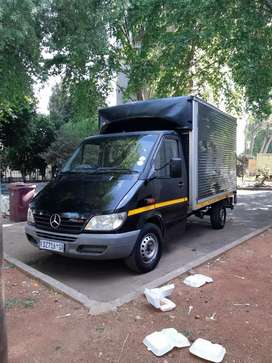 Closed Body3Ton, Mercedes Sprinter 313 CDI, 2007 Model.