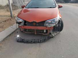 We buy accident damaged cars, Good Runners and non Runner vehicles.