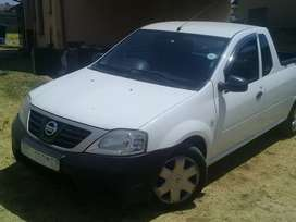 Selling a nissan Np 200