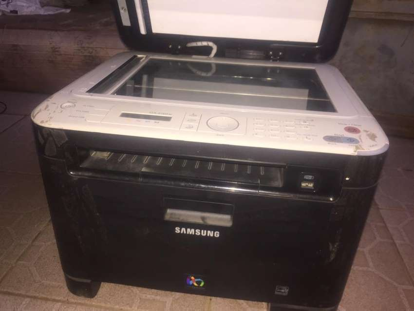 Samsung CLX-3185 Multifunction Printer 0
