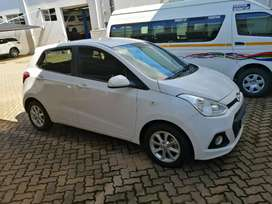 2017 Hyundai Grand i10 1.25 motion with only 17 600km For R159 990