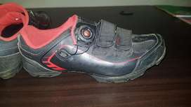 Specialized comp cleat shoes