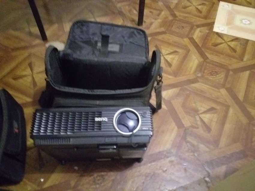 Ben-Q Overhead projector - As new with new globe 0