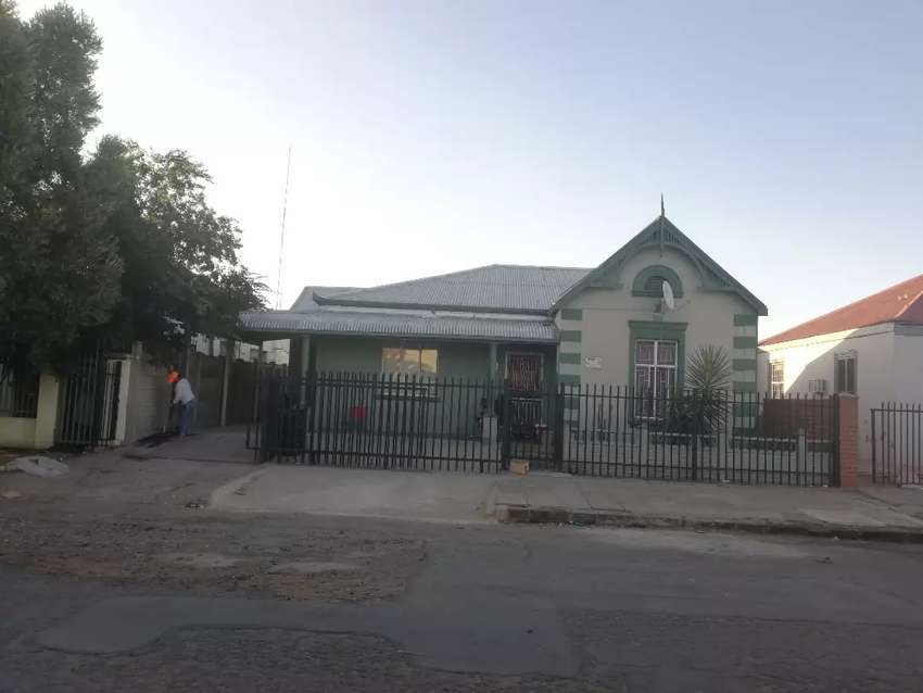 Flat for rent in kimberley North 0