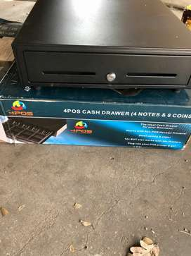 Cash drawer without the key
