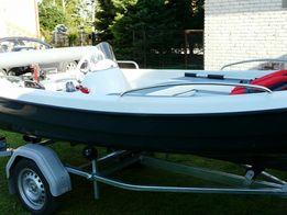 Łódka wędkarska 385 z silnikiem i przyczepą
