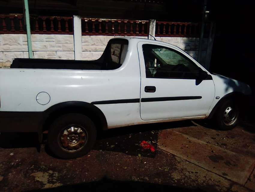 Opel corsa 1.7 diesel bakkie stripping for spares 0