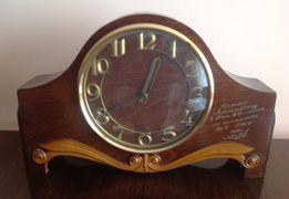 Часы настольные механические с боем 1986 г выпуска в рабочем состоянии