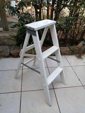 Handy old small wooden ladder.
