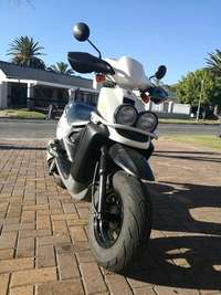Image of Yamaha BWS 100cc scooter and Spirit helment for sale- R19000
