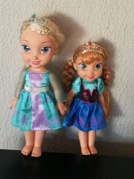 Real Elsa and Anna dolls