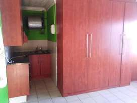 Bachelor room Available in Olievenhoutbosch ext. 15