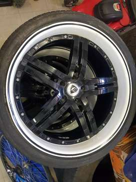 Assorted mags and rims and tyres