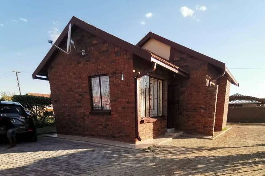 Family Home for sale in Mahikeng  -R500K 0