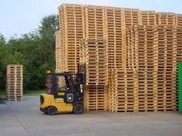 Принимаем деревянные поддоны!
