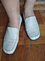 Кожаные мягкие туфли бело молочного цвета 36 размер