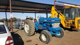 FORD 661O TRACTOR