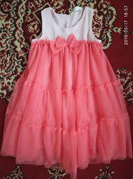 Плаття платьє H&M 116 6 лет нарядне випускний садок садік
