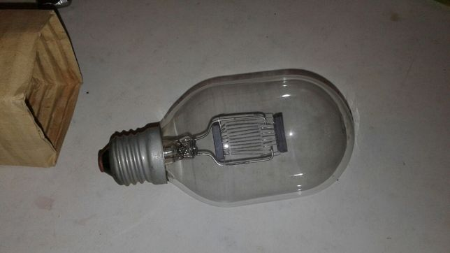 Лампа прожекторная