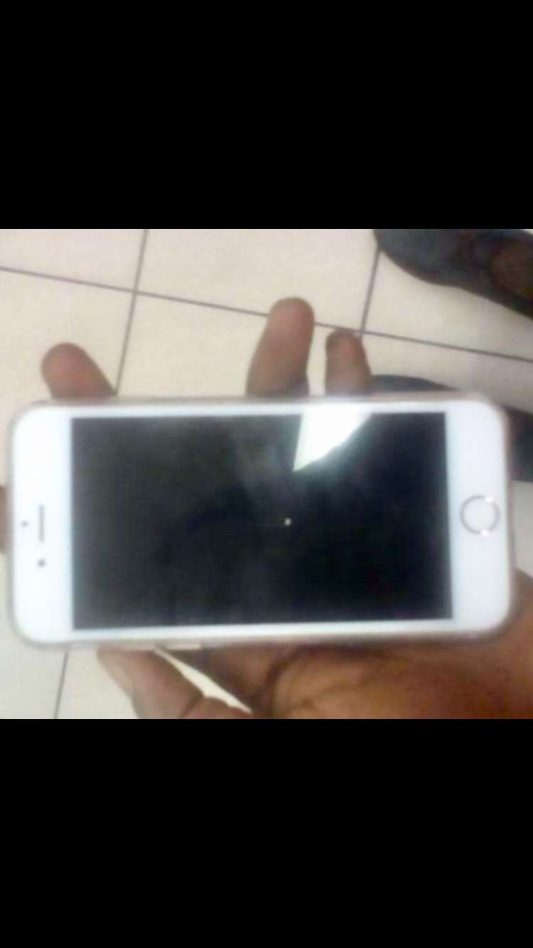 A neat I-phone 6 for urgent sale 0