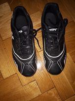 Buty korki chłopięce