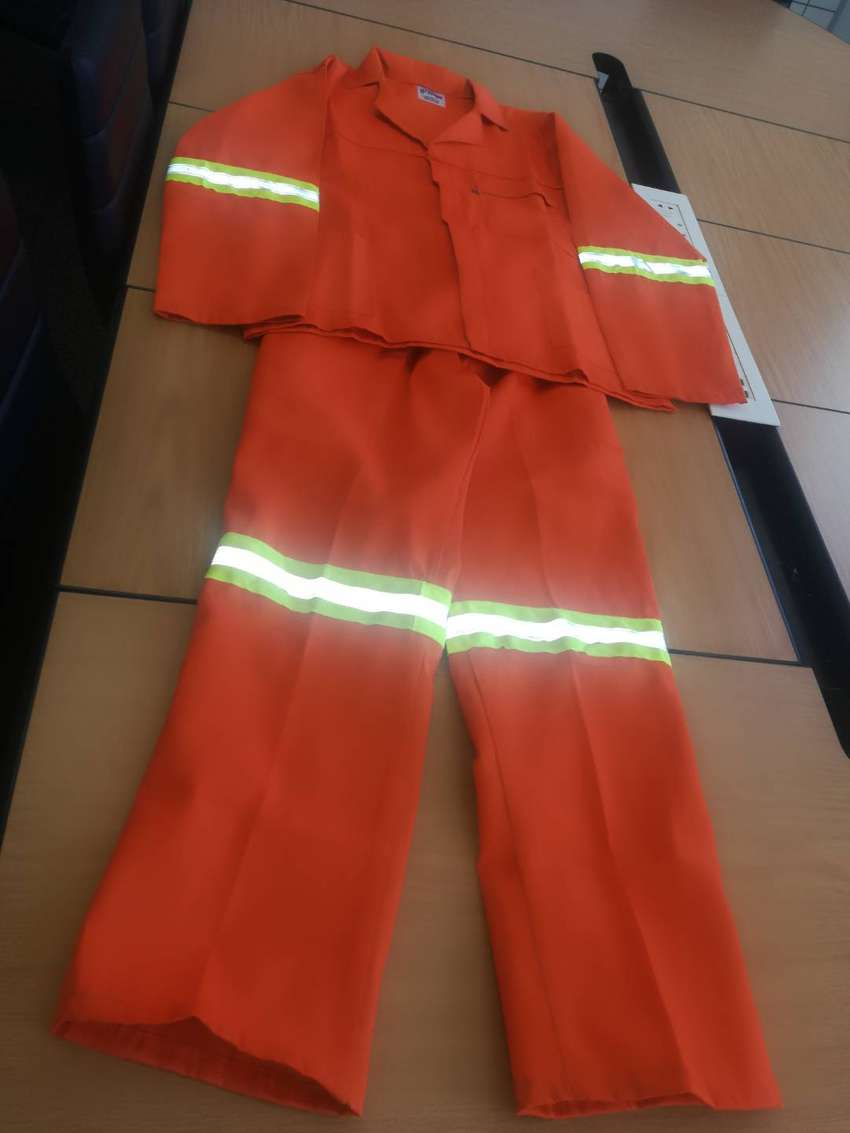 FOR SALE: TWO PIECE REFLECTIVE ORANGE OVERALLS 0