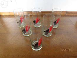 Набори стаканів для напоїв