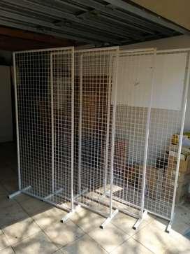 Display steel panels and accessories