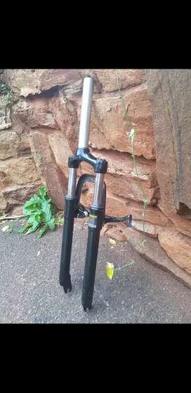 Front suspension for Mountain bike