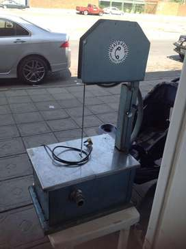 Meat master meat bandsaw