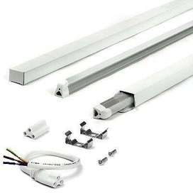 LED T5 or T8 Integrated Tube Lights Complete Units and Brand New