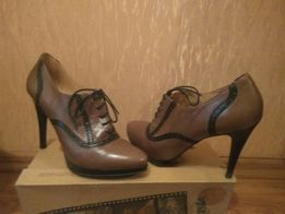 Продам туфли р-р39