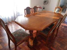 Custom handmade solid red oak 6 seater dining room table with chairs
