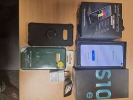 Very well looked after Samsung S10e for sale