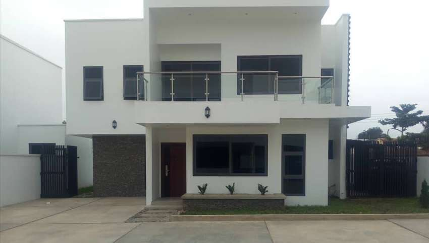 3 Bedroom townhouse for sale, East Legon 0