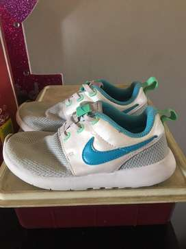 Kids shoes nike soviets etc