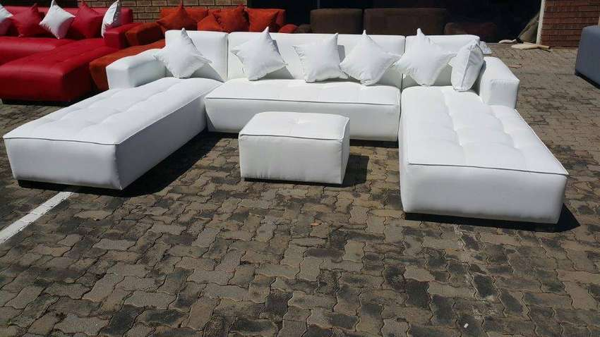 U-SHAPE DAYBEDS 3.2M X 2M X 2M,CHOOSE YOUR COLOUR AND FABRIC 0