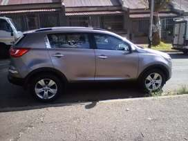 2012 Kia Sportage, 110,000km, leather interior, manual, engine 2.0
