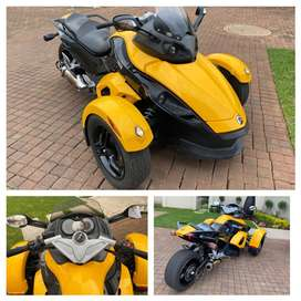 Looking to buy can am spyders best price paid