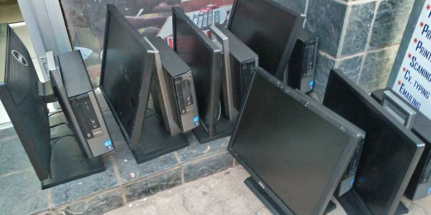 """Dell OptiPlex 7010 USFF All-In-One with a 19"""" Monitor Desktop PC Intel 0"""