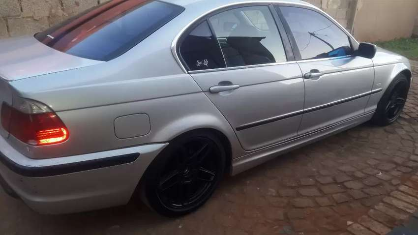 Bmw e46 320i swop of for sale 0