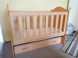 Baby Cot with large clothes drawer