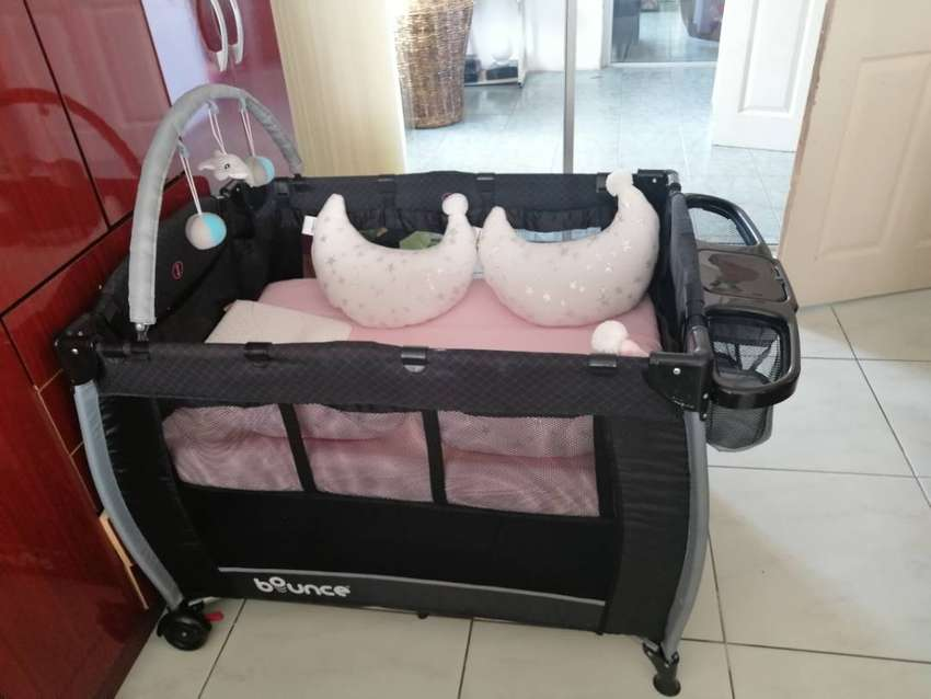 Bounce baby Cot for sale