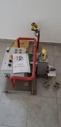 Maszyna do uciągania posadzek betonowych