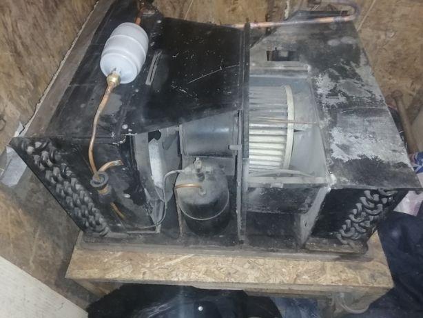 Продам Холодильную установку с агрегатом Tecbmsr CAJ4517E